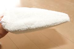 拭き掃除用のマイクロファイバーパッド(横から)