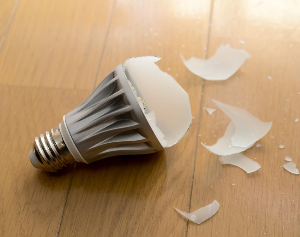 LED電球の破損