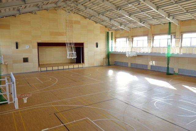 学校体育館での避難生活
