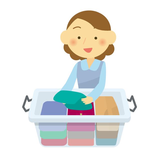 収納ボックスに衣類を整理