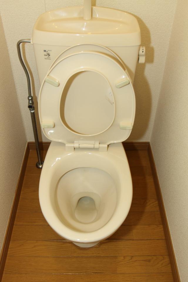 レオパレス21のトイレ(入居直後)