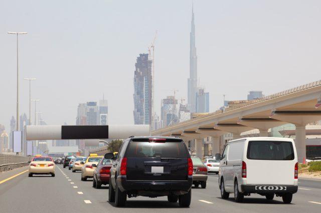 アラブ諸国では、運転しない!