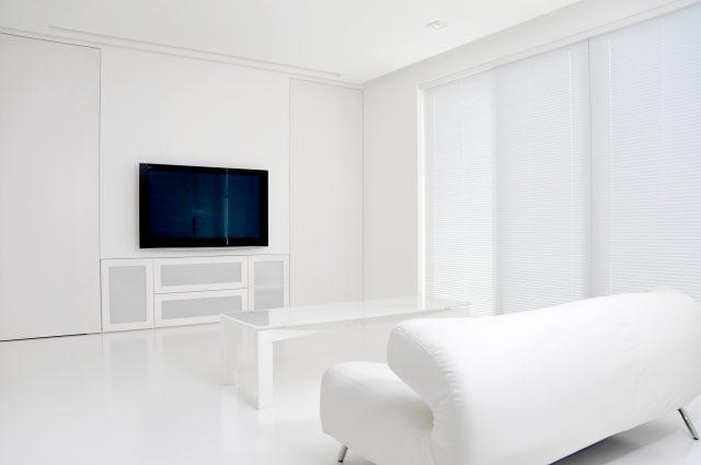新居で大型テレビを購入する