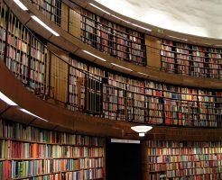 本棚の引越しは大変!