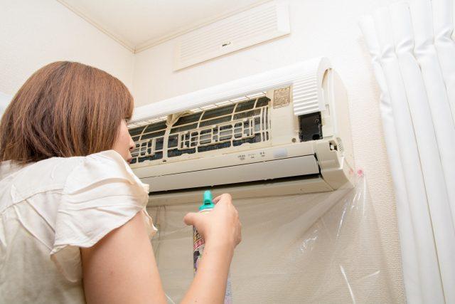 エアコンのフィルタ掃除