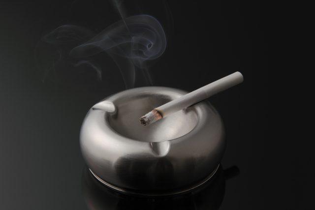 煙草と灰皿